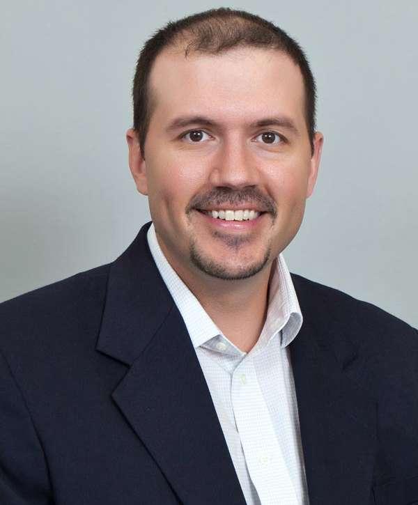 Matthew T Voth, MD
